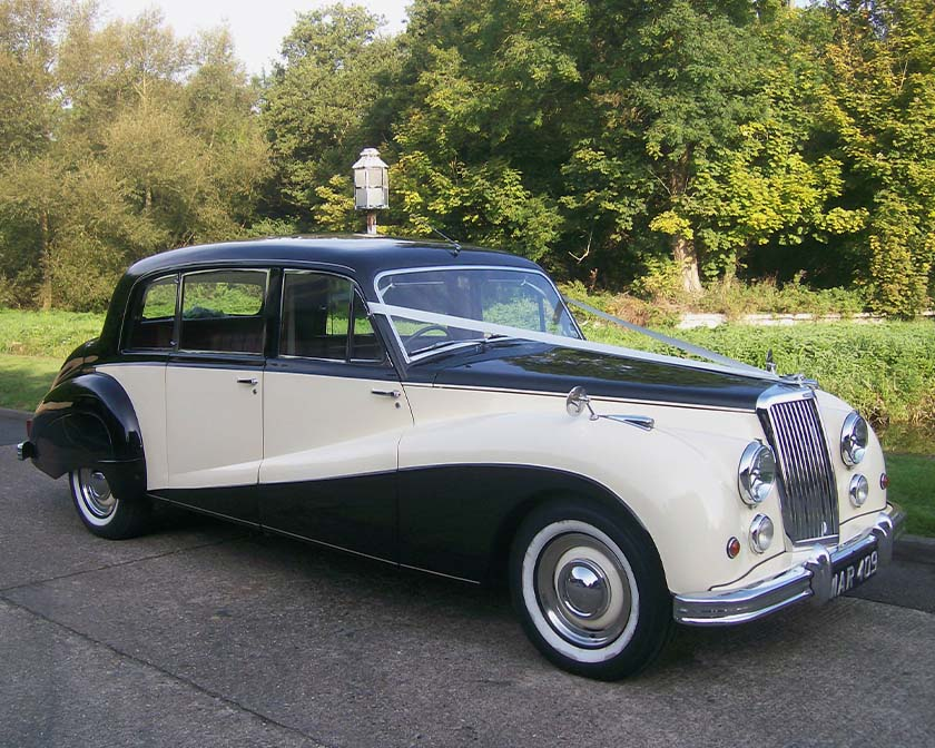 armstrong-siddeley-limousine-ivory1